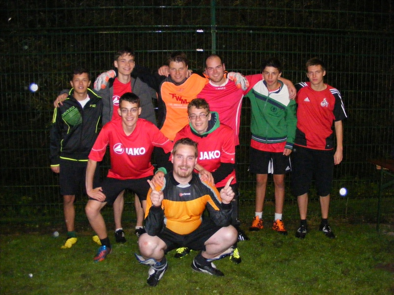 Franziskuskreis Sauerland FKS beim ersten Oene-Cup in Lennestadt 2014 Gruppenbild