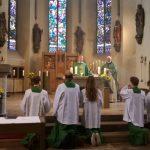 Hochgebet mit Bruder Korbinian Klinger bei 20 Jahre Jubiläum Franziskuskreis in St. Johannes Baptist Attendorn