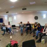 Vor Beginn der Einheit mit Andrea Schwarz beim spirituellen Wochenende des Franziskuskreis im Bergkloster Bestwig